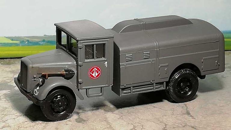 RUSAM-FORD-G917T-65-900 Автомобиль бензовоз Ford G917T «JG 1», 1:87, II, Wehrmacht