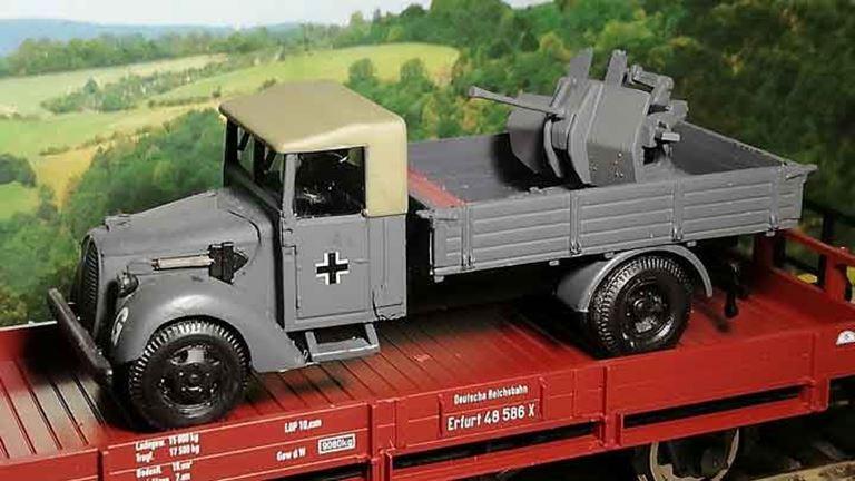 RUSAM-FORD-G917T-11-910 Автомобиль Ford G917 с орудием (крыша из брезента), 1:87, 1939—1945, Wehrmacht