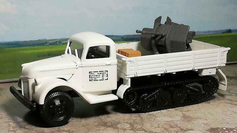RUSAM-SDKFZ-3-19-902 Автомобиль полугусеничный с зенитным орудием (2 ствола) «WH», 1:87, II, Wehrmacht